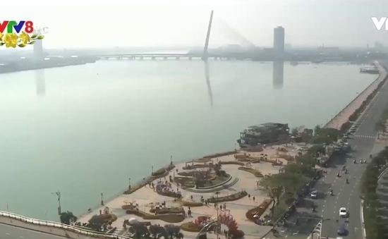 Đà Nẵng: Trời nắng ấm, nhiều điểm vui chơi Tết nhộn nhịp ngày đầu năm