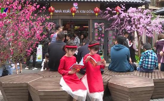 Khai trương phố sách Xuân Mậu Tuất 2018 tại Hà Nội