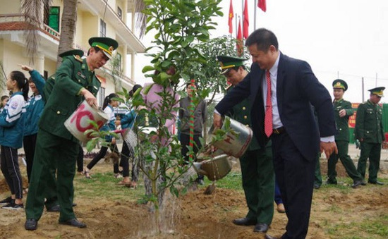 Hà Nội trồng 150.000 cây xanh dịp Tết Kỷ Hợi 2019