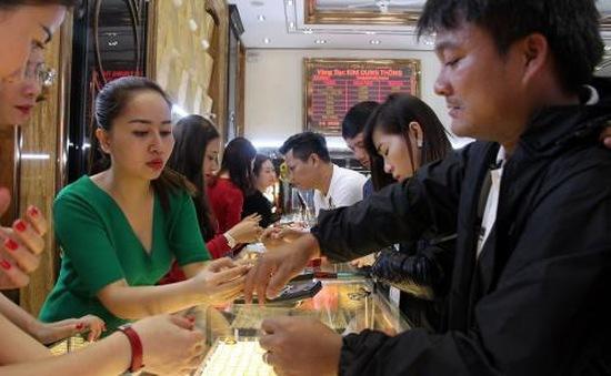 Giá vàng tăng đồng loạt cận ngày vía Thần Tài