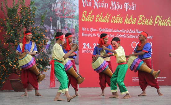 Vui xuân Mậu Tuất đậm đà văn hóa Bình Phước tại Bảo tàng Dân tộc học