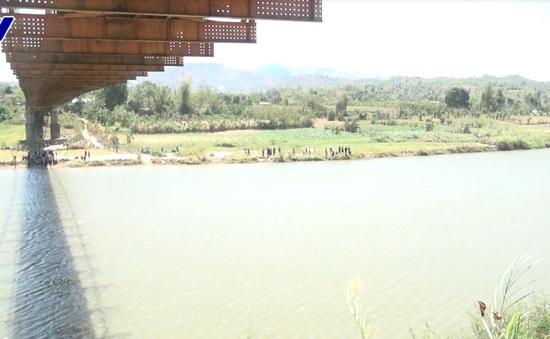 Kon Tum: Một sinh viên đuối nước dưới cầu treo Kon Klor