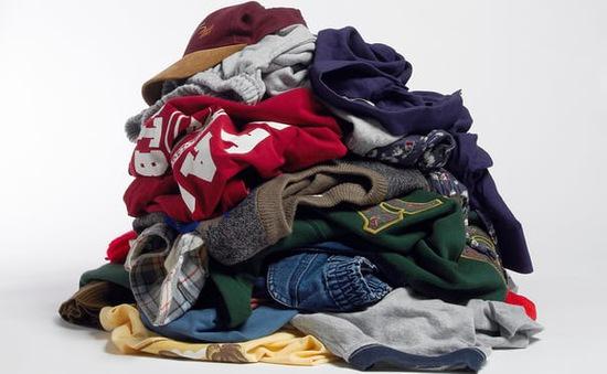 Mỗi năm có 4,3 triệu tấn quần áo bị vứt bỏ