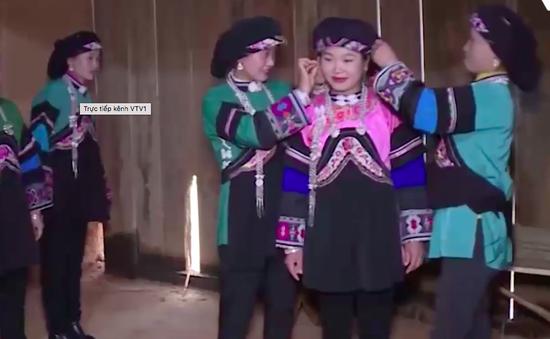 Tái hiện lễ cưới của người Bố Y tỉnh Lào Cai