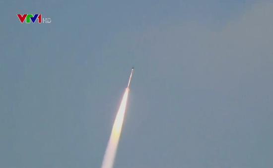 Nhật Bản phóng tên lửa đẩy nhỏ nhất thế giới