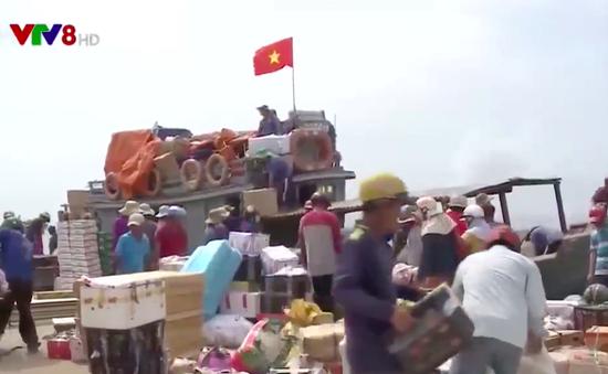 Những chuyến hàng Tết ra đảo Lý Sơn, Quảng Ngãi