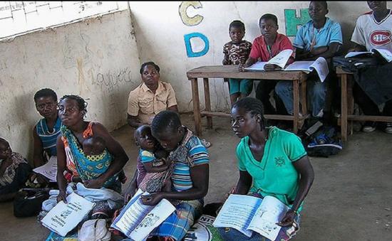 Quyên góp 2,3 tỷ USD hỗ trợ giáo dục ở các nước đang phát triển