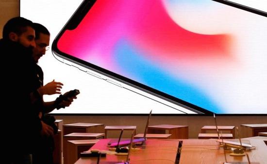 Cổ phiếu Apple bị hạ mức xếp hạng