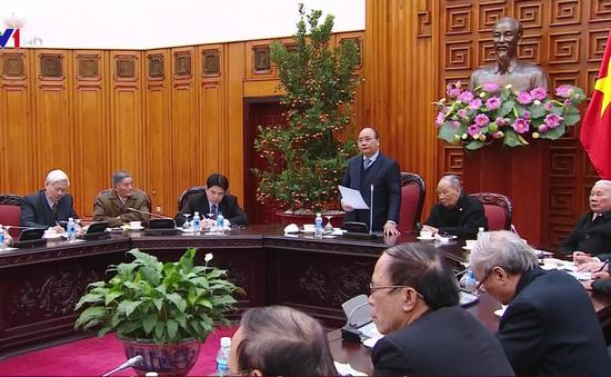 Thủ tướng gặp mặt Ban Liên lạc cựu chuyên gia Việt Nam giúp cách mạng Campuchia