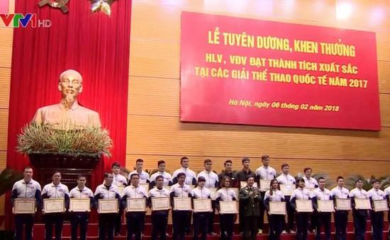 Bộ Quốc phòng tuyên dương HLV, VĐV tiêu biểu năm 2017