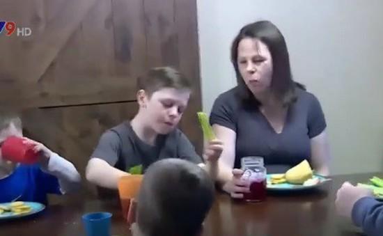 Cặp vợ chồng Mỹ sinh con thứ 14