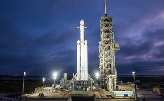SpaceX phóng tên lửa mạnh nhất thế giới