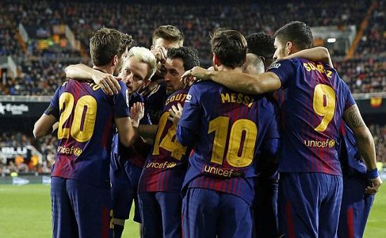 Kết quả bóng đá châu Âu rạng sáng ngày 09/02: Vượt qua Valencia, Barcelona bước vào chung kết cúp Nhà vua