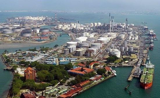 Nhiều đối tượng liên quan tới vụ trộm dầu trị giá hàng triệu USD ở Singapore