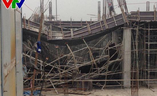 Hà Nội: Sập công trình đang xây dựng, ít nhất 3 người thiệt mạng
