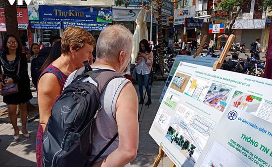 Trưng bày phối cảnh ga tàu điện ngầm cạnh Hồ Gươm: Người e ngại, người tán thành