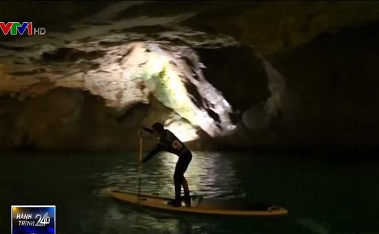 Giải đua thuyền trên hồ nước ngầm lớn nhất châu Âu tại Thuỵ Sĩ