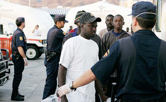Tây Ban Nha phá vỡ đường dây đưa người nhập cư trái phép từ Trung Quốc