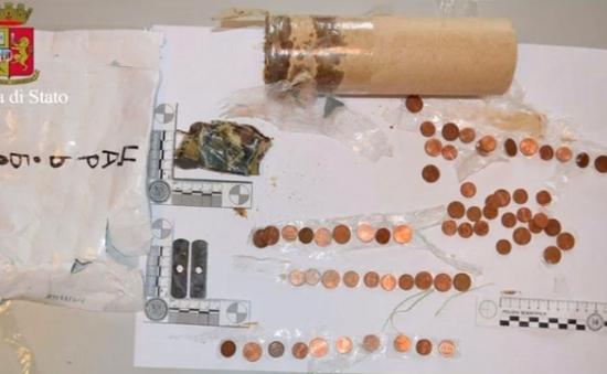 Italy bắt giữ nghi phạm định đánh bom trường mẫu giáo