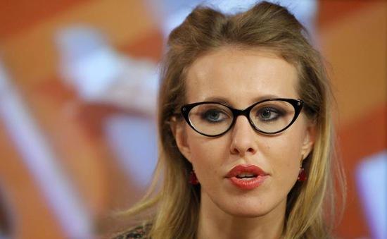 Ứng viên Tổng thống Nga khóc trong phiên tranh luận trực tiếp