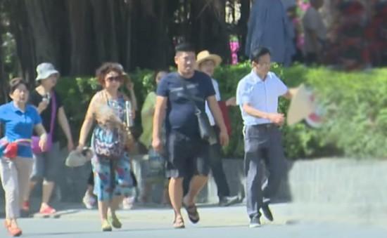 """Hệ luỵ từ tăng """"nóng"""" lượng khách Trung Quốc"""