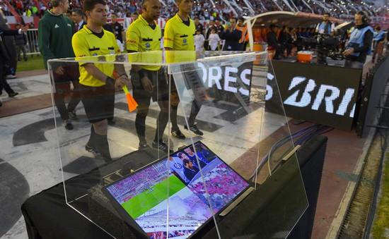 FIFA thông qua, công nghệ VAR được áp dụng ở World Cup