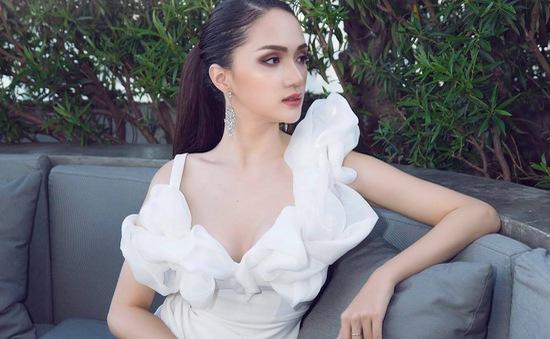 Hương Giang Idol thay đổi gu ăn mặc sau khi lên ngôi Hoa hậu