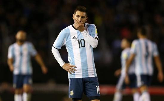 Chỉ ăn thịt, cá, rau xà lách… Messi đã hết chứng nôn khan