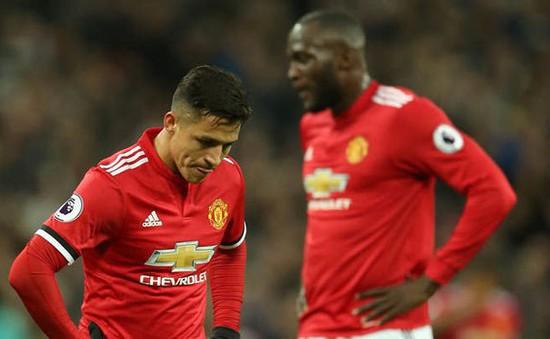 """Sanchez tiết lộ  bất ngờ về """"bạn cà phê"""" tại Man Utd"""