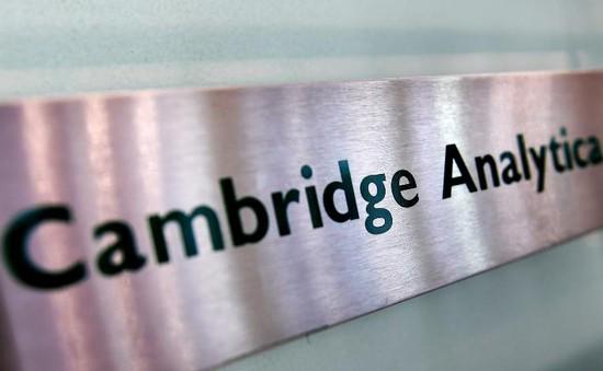 Những cái tên hậu thuẫn tài chính cho Cambridge Analytica