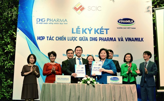 Vinamilk và Dược phẩm Hậu Giang hợp tác chiến lược để nghiên cứu phát triển sản phẩm