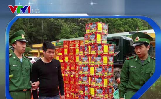 Bắt giữ đối tượng vận chuyển hơn 700 kg pháo lậu