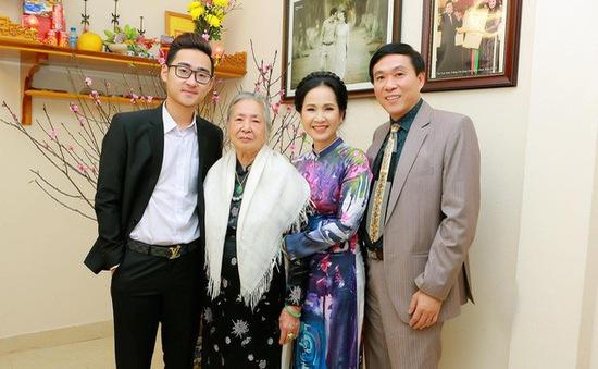 Lí do nghệ sĩ Lan Hương - Đỗ Kỷ không bao giờ to tiếng, ghen tuông