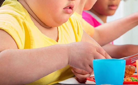 Kiểm soát cân nặng của người thừa cân - béo phì trong dịp tết