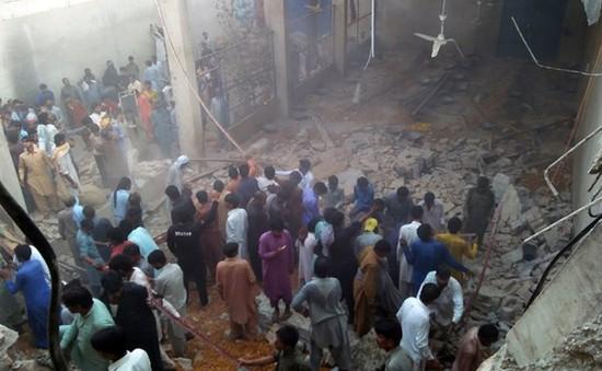 Sập trần kho hàng ở Pakistan, ít nhất 11 người thiệt mạng