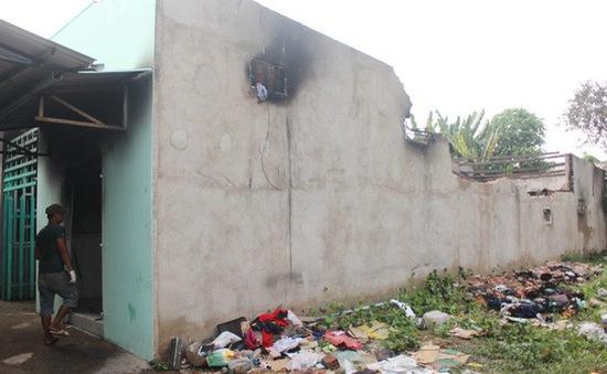 Nhiều trẻ em thoát kịp khi lửa bao trùm ngôi nhà tại Biên Hòa