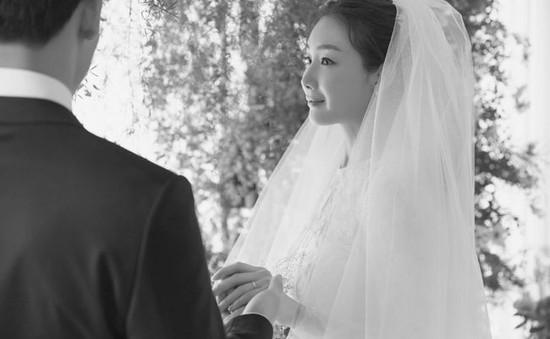 """Mỹ nhân """"Bản tình ca mùa đông"""" Choi Ji Woo đã kết hôn"""
