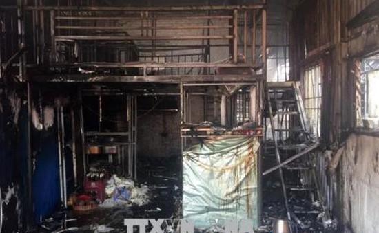 Cháy lớn thiêu rụi 6 ngôi nhà tại Tân Triều, Hà Nội