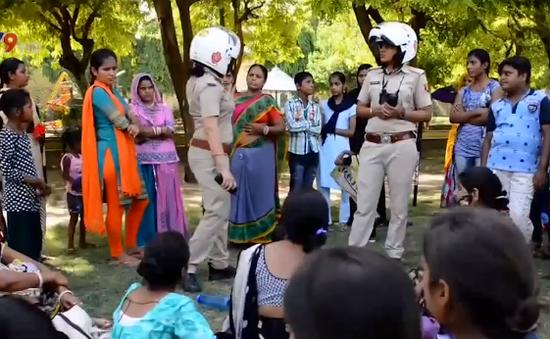 Ấn Độ: Biệt đội nữ cảnh sát chống nạn lạm dụng tình dục