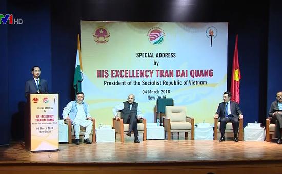 Chủ tịch nước nói chuyện với các chính khách, học giả Ấn Độ