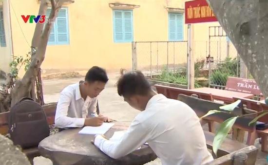 Tình cha con đặc biệt ở Đồn biên phòng Hà Tiên, Kiên Giang