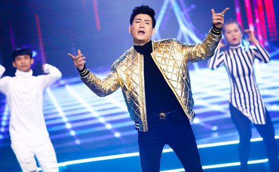 Âm nhạc và Bước nhảy: Quách Thành Danh phong độ trong mini show hoành tráng