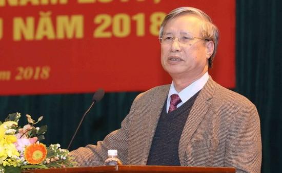 Ông Trần Quốc Vượng thay ông Đinh Thế Huynh giữ chức Thường trực Ban Bí thư