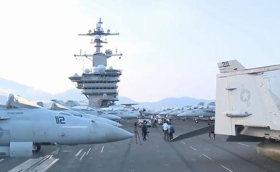 Video: Tận mắt chiêm ngưỡng Tàu sân bay USS Carl Vinson