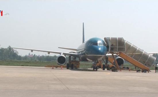 Sân bay Vinh tăng cường an ninh sau sự cố thanh niên tâm thần đột nhập lên máy bay