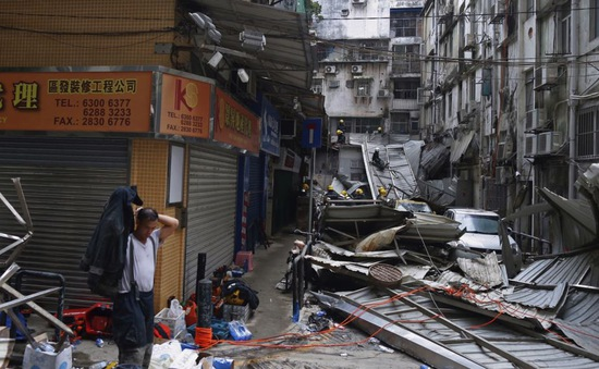 Bão lớn gây thiệt hại nặng tại Trung Quốc