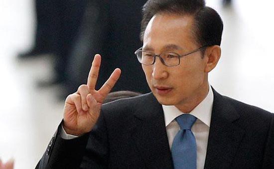Thêm cựu Tổng thống Hàn Quốc bị điều tra nhận hối lộ