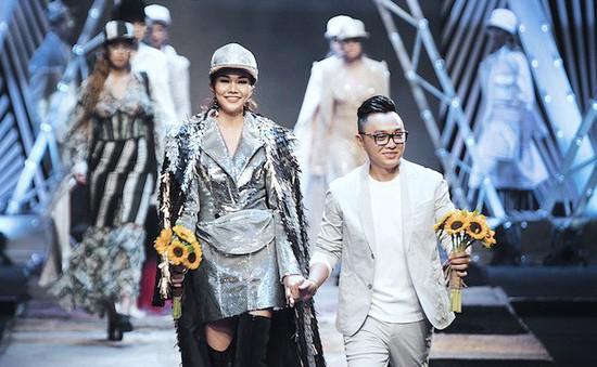 NTK Công Trí tiếp tục mở màn Tuần lễ thời trang quốc tế Việt Nam Xuân - Hè 2018