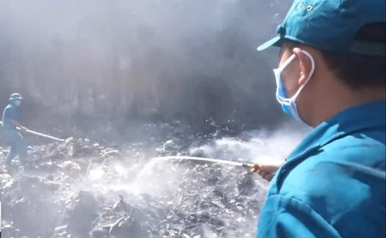 Cháy bãi rác khổng lồ ở Bình Phước, khói vẫn đang ô nhiễm nặng khu dân cư