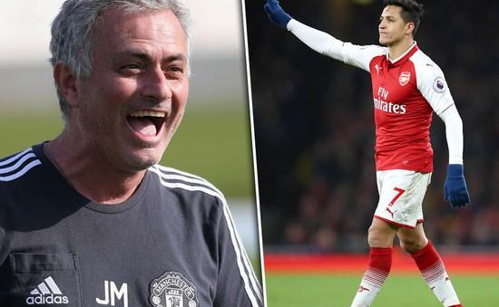 HLV Mourinho mập mờ chuyện Man Utd chiêu mộ Sanchez, Ozil